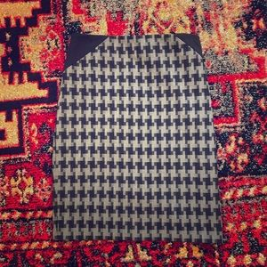Limited Houndstooth Pencil Skirt